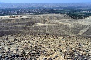 Doppelspirale, Bodenzeichnung in PERU